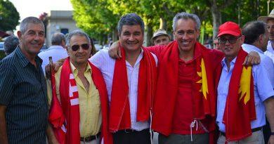Juan L Sanguinetti con militantes colorados locales de Rocha